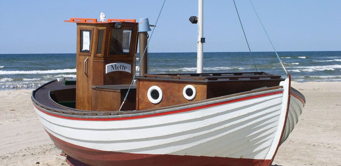 fishing_boat_denmark_beach_sea_north_sea_l_kken-1357852-crop-u19725